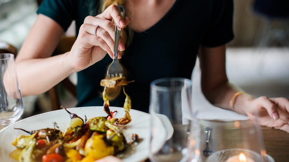 Leibliche Aktivtät: Leckeres Essen im Restauraunt oder in Gasthöfen